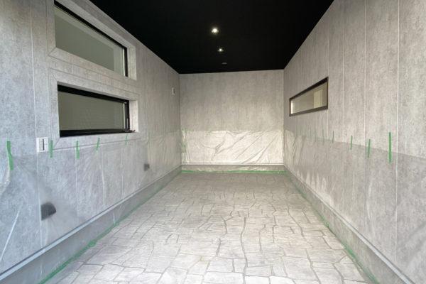 ダイナミックなフォルムとガレージを備えた邸宅 新築戸建が誕生